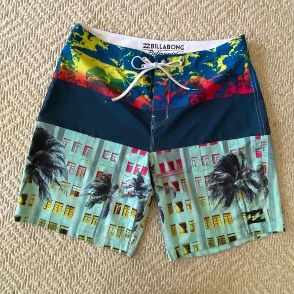 Billabong Board Shorts size 32